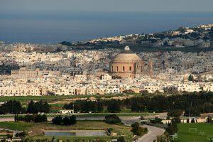 Malta: Wo sonst gibt es spanische Lebensweise, italienisches Temperament und sizilianischem Kücheneinfluss, während man sich gepflegt in vornehmen Englisch unterhalten kann.
