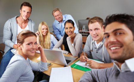 Fremdsprachenkenntnisse erwerben für bessere Verständigung am Urlaubsort